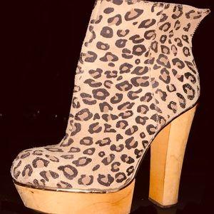 Betsey Johnson Shoes - Betsy johnson leopard print boots